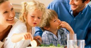 Salute: effetto 'happy meal', la felicità sazia la mente e taglia le porzioni